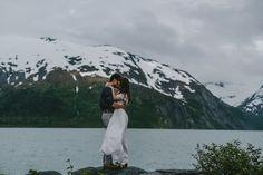 Alaskan Elopement Inspiration at Portage Lake photographed by Jess Hunter   Anchorage, Alaska destination wedding