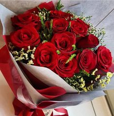 Flower Boquet, Red Rose Bouquet, My Flower, Flowers Gif, Red Flowers, Beautiful Rose Flowers, Pretty Flowers, Wedding Bouquets, Wedding Flowers