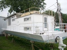 1972 - Stardust Cruisers - 42 for Sale in Ottawa, IL 61350 - iboats.com House Boats For Sale, Cruiser Boat, Houseboats, Dinghy, Large Photos, Ottawa, Cabin, Jon Boat, Cabins