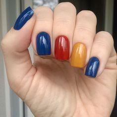 #Dior blue denim + #yslnailpolish brun henne + #Barrym mustard