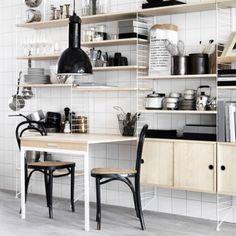 Miten parannetaan jotain ennestään täydellistä? Ruotsalaiset arkkitehdit Anna von Schewen ja Björn Dahlström tarttuivat haasteeseen, kun heitä pyydettiin suunnittelemaan ikoniseen String Systemiin lisäosia.