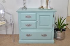 Behr Marina Isle:awesome paint color in this piece. Modern Bohemian Lifestyle: DIY Craigslist Furniture Makeover