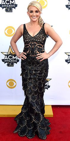 The Biggest, Best and Boldest Gowns of the Night | JAMIE LYNN SPEARS   | She's gone country, but the singer's beaded, scalloped illusion lace gown and side-styled updo is bringing the Hollywood vibes. @kocoblaq #kocoblaq