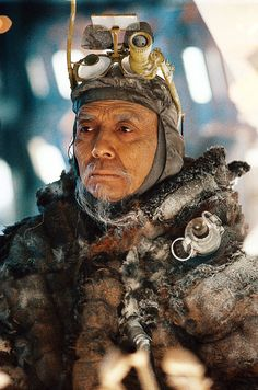 James Hong as Hannibal Chew in 'Blade Runner', directed by Ridley Scott Science Fiction, Fiction Movies, Film Blade Runner, Blade Runner 2049, Cyberpunk, Harrison Ford, James Hong, Roy Batty, K Dick