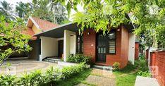 4 Bedroom Eco Friendly Luxury Home Design in 7690 Sqft - Free Kerala Home Plans Village House Design, Bungalow House Design, House Front Design, Kerala Traditional House, Traditional House Plans, Indian Home Design, Kerala House Design, Villas, Small Balcony Design