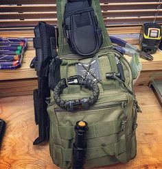 Pic of my Fight or Flight Tactical Sling get home bag ready to roll!  For quick access I have my multitool, kabar survival knife and @superessestraps survival bracelet mounted on MOLLE straps.  What else would you keep on the outside?  SurvivorTown.com  *** #gethomebag #bugoutbag #Survivalist #prepper #preppers #survival #bugout #bushcraft #survivalcraft #urbansurvival #offgrid #shtf #preparedness #selfreliance #camping #donttreadonme #prepping #rewild #backpack #backpacks #backpackers…