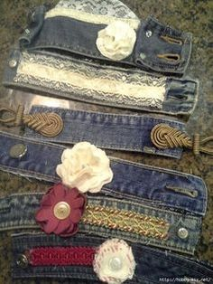 The Best Upcycled Denim Crafts & DIY All the families old jeans go into my upcycling pile. As denim is a fantastic fabric to upcycle with and here are some of the best denim crafts and DIY's to inspire you.Old denim jeans are such great things to r Jeans Recycling, Recycle Jeans, Bracelet Denim, Cuff Bracelets, Fabric Bracelets, Jean Crafts, Denim Crafts, Denim Armband, Fabric Crafts