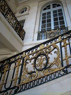 VersaillesDailyPhoto: Petit Trianon staircase, Versailles