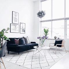 Pequeño Estudio Nórdico Con Toques Chic | Interiors, Living Rooms And Room