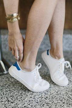 da77ae479d Standard Issue Sneaker