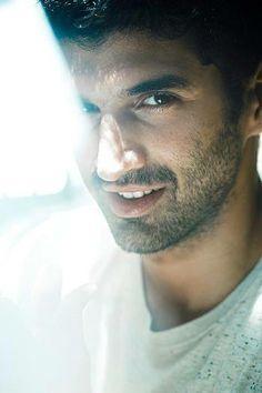Aditya roy kapoor- cutest guy