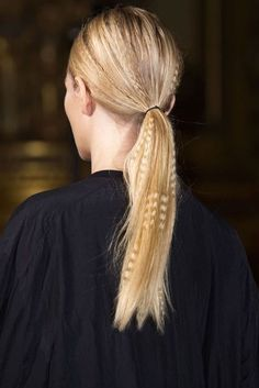 Best Spring 2015 Runway Hair Trends - Top Hairstyles For Spring Long Tails at Stella McCartney - L. - Hairstyles Hair Ideas, Cut And Colour Inspiration 2015 Hairstyles, Messy Hairstyles, Medium Hairstyles, Beach Hairstyles, Casual Hairstyles, Men's Hairstyle, Headband Hairstyles, Wedding Hairstyles, Hair Styles 2016