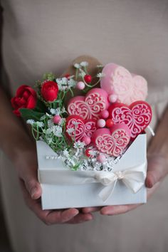 Diy Paper, Paper Crafts, Baby Girl Clipart, Soap Melt And Pour, Rose Cookies, Flower Box Gift, Gift Wraping, Pop Up Cards, Home Made Soap