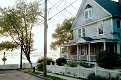 A large home on the west end of Horton Street on City Island.  Aaron Zebrook for The New York Times