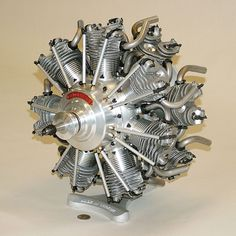 Scale model of a radial engine Jet Engine, Steam Engine, Motor Radial, Radial Engine, Aircraft Maintenance, Rc Autos, Performance Engines, Aircraft Engine, Motorcycle Engine
