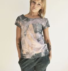 goshko triangle series hand dyed hand bleached Triangle, Tie Dye, Clothes, Tops, Women, Fashion, Outfits, Moda, Clothing