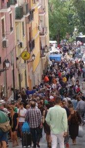 10 Tips for Shopping at El Rastro Flea Market in Madrid