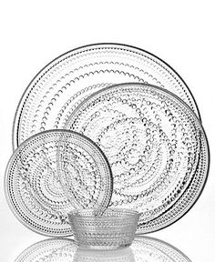 Iittala Dinnerware, Kastehelmi Clear Collection. The old Finnish glass serie my grandparents have and that I'm grown up with since childhood.