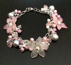 Bracelet fleurs lucites rose pastel