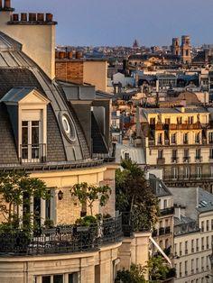 City Aesthetic, Travel Aesthetic, Tour Saint Jacques, Architecture Parisienne, Parisian Architecture, City Architecture, Fotojournalismus, Places To Travel, Paris France