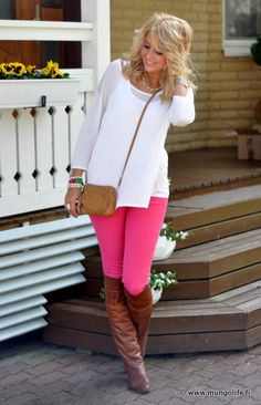 PINK jeans! with boots! I love it!