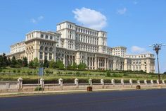 We all know about famous attractions like the Colosseum, the Great Wall of China or the Taj Mahal. But there are other grand, ancient buildings even the most avid travelers have never heard of. Taj Mahal, Monuments, Places Around The World, Around The Worlds, Capital Of Romania, Palace Of The Parliament, Bosnia Y Herzegovina, Little Paris, Ancient Buildings