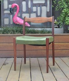 Mid century Fler 64 chair black wood Mid Century Furniture, Black Wood, Flamingo, Dining Chairs, Home Decor, Flamingo Bird, Decoration Home, Room Decor, Flamingos