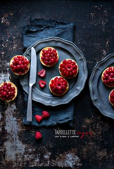 ... vegan tartlets with currant and raspberries ...