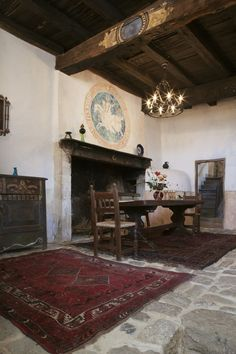 Interior architecture 17th century France | 17th Century Chateau, Gers, France - Dining room