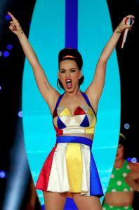 Katy Perry en el Super Bowl 2015 by Jeremy Scott.