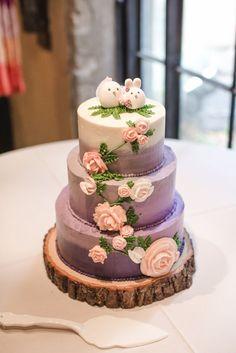 Wedding cake idea; Featured Photographer: Sarah Rose Burns Photography
