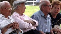 """Algunos letrados """"asesoran"""" a jubilados cobrándoles hasta 5 meses de beneficio cuando en realidad no hay que hacer ningún trámite y la Anses les paga honorarios. La Federación de Jubilados Mendocinos dio una lista de estudios jurídicos """"limpios"""" para consultar."""