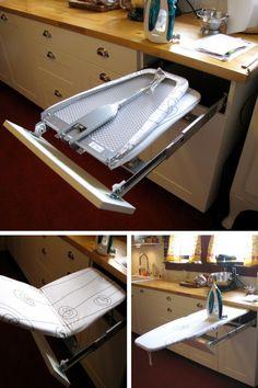 Table à repasser pliable dans un tiroir de la cuisine http://www.homelisty.com/organisation-rangement-tiroirs/
