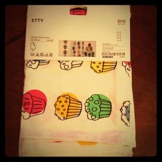 "IKEA ETTY Cupcake dish towels New, never used, still in package.  Measures 20""x28"" 🚫no trades🚫 Ikea Other"