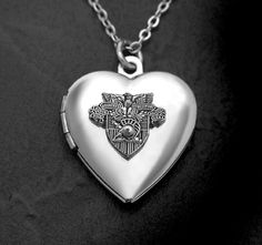 USMA Heart Locket..rob puhlease get me this!! @jenni make him :)