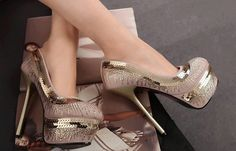 2013 New style,Lindy Women sparkle super high heel shoes Flange elegant Model Shoes Hottest (Mainland)) High Heels Gold, Super High Heels, Gold Pumps, Sexy Heels, Pumps Heels, Stiletto Heels, Heeled Sandals, Cute Shoes, Boots