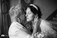Hochzeitsfotos in Schwarz-Weiß - Sophie und Peter - Roland Sulzer Fotografie - Blog Crown, Couple Photos, Couples, Blog, Wedding, Fashion, Monochrome, Face, Couple Shots
