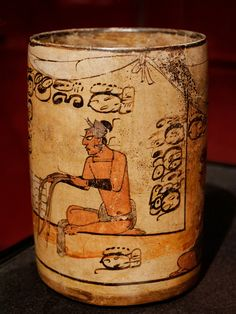 Ceremonial cylinder vessel: court scene. Maya culture, Mexico Classic. Dates to between circa 600 and circa 900, made of polychrome earthenware. Photo courtesy & taken by Marie-Lan Nguyen. From the...