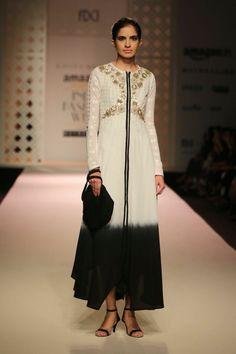 Kavita Bhartia #fashionwhatsnext #gold