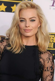 Model: Margot Robbie- pinner: George Pin