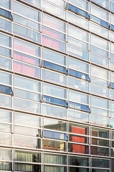 Bruther - Maison Julie-Victoire Daubié - Salem Mostefaoui Bruther Architecture, Salem, Julie, Warhammer 40000, Blinds, Graphic Design, Home, Projects, Centre
