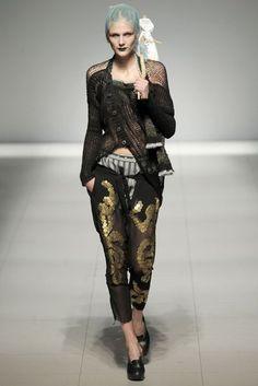 Vivienne Westwood Spring/Summer 2009 Ready-To-Wear Collection | British Vogue