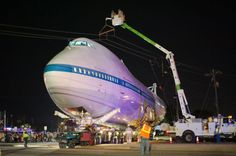 Shuttle carrier arrives at new Space Center home