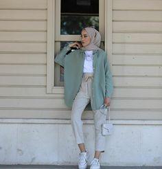 Hijab Fashion Summer, Modern Hijab Fashion, Street Hijab Fashion, Modesty Fashion, Hijab Fashion Inspiration, Muslim Fashion, Fall Fashion, Stylish Hijab, Casual Hijab Outfit
