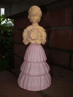 Vintage Avon perfume bottle (Etsy store: glittergrll1977)