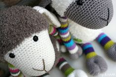 Stip & HAAK: Schaap Suusje Sheep, Hello Kitty, Winter Hats, Slippers, Dots, Crochet, Character, Fall Sweaters, Amigurumi