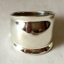 Sterling silver wide plain ring, size 7 Lot 88