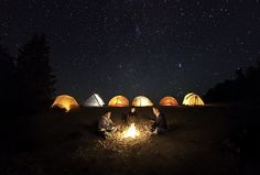 RV And Camping. Great Ideas To Think About Before Your Camping Trip. For many, camping provides a relaxing way to reconnect with the natural world. If camping is something that you want to do, then you need to have some idea Camping Life, Tent Camping, Camping Hacks, Outdoor Camping, Camping Outdoors, Camping Ideas, Camping Rules, Night Time Photography, Camping Photography