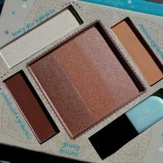 Essence Bloggers' Beauty Secrets - The Glow Must Go On Bronzing & Highlighting Palette