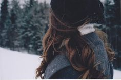 """Find and save images from the """"movie - twilight"""" collection by brittany (bpkgoal) on We Heart It, your everyday app to get lost in what you love. Crystal Reed, Waverly Earp, Winter Love, Cozy Winter, Fall Winter, Autumn, Rachel Berry, Jenny Humphrey, Gilmore Girls"""